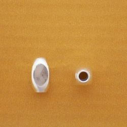 OVALINA CUBO 5mm.TALADRO 1,5mm 080C321/05